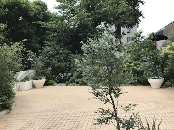 品川プリンスホテルの結婚式、庭、ブーケトス