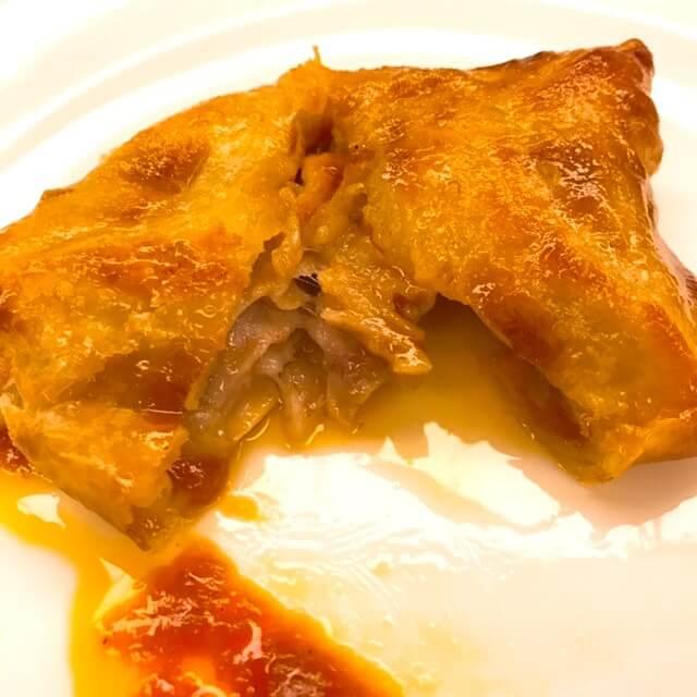グランドヒル市ヶ谷、国産牛フィレ肉のロッシーニ ビーフシチューのパイ包み