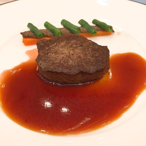 グランドアーク半蔵門のウェディングフェアの牛フィレ肉ポワレ試食