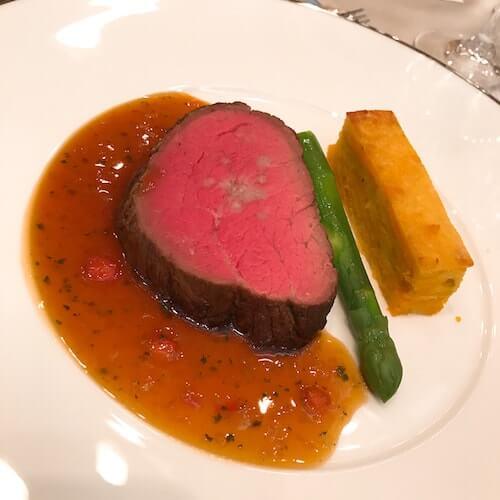 グランドアーク半蔵門のウェディングフェアの牛フィレ肉ロースト試食